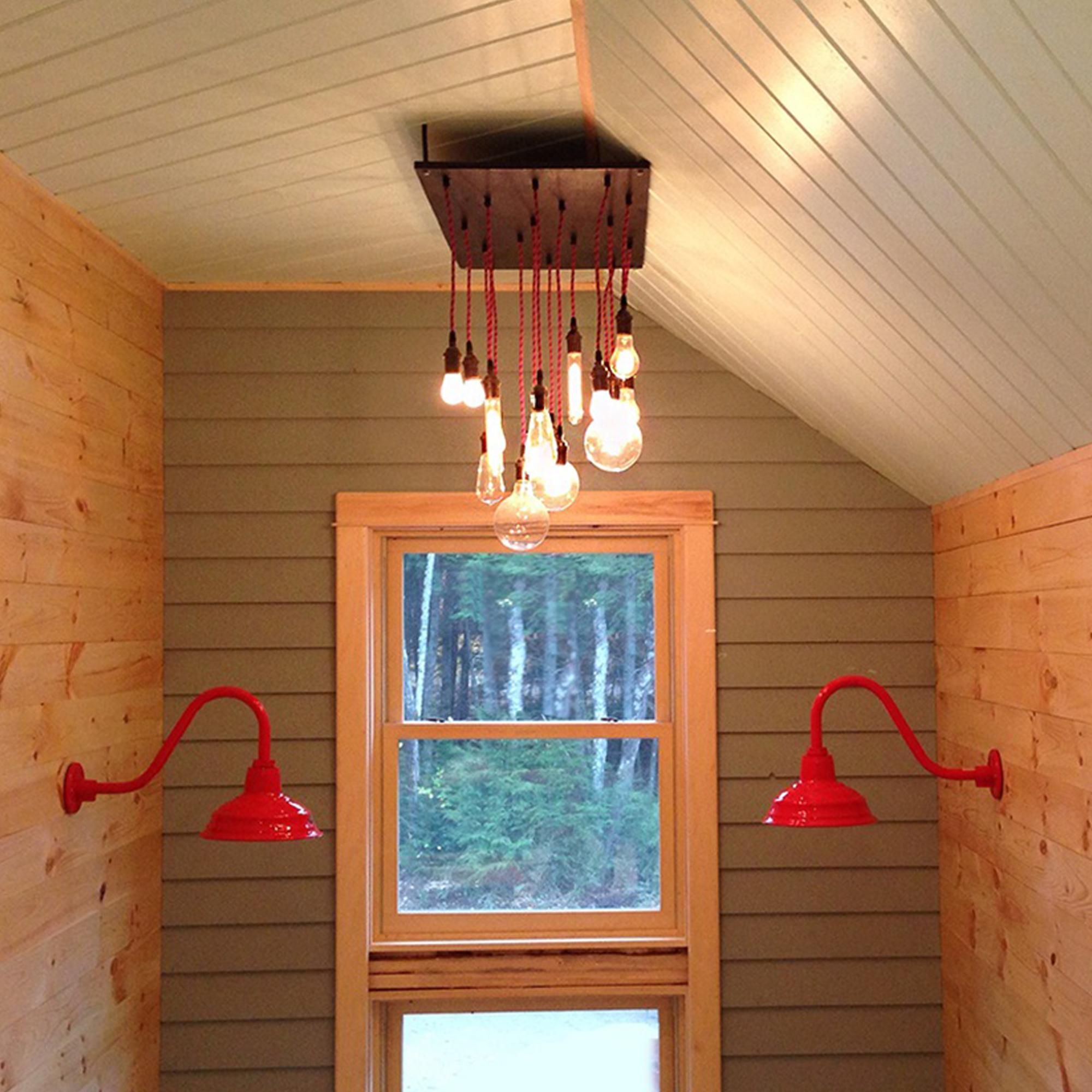 Pendant chandelier in a foyer